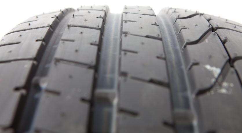 Tyre oils